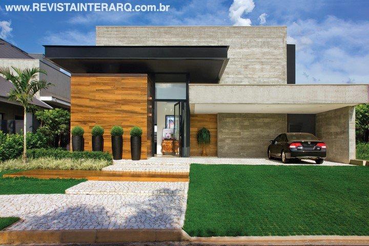 Concreto e madeira foram as aposta nos acabamentos para este projeto de arquitetura - Revista InterArq | Arquitetura, decoração, design, interiores, paisagismo, lifestyle e festas