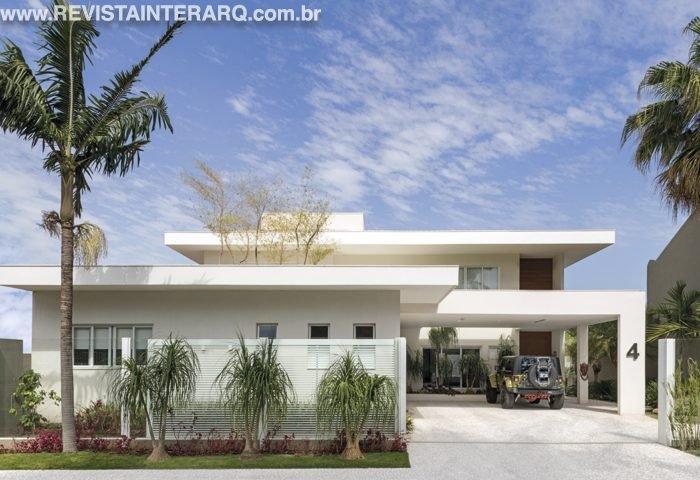 Um projeto de reforma total, que incluiu uma ampliação vertical - Revista InterArq | Arquitetura, decoração, design, interiores, paisagismo, lifestyle e festas