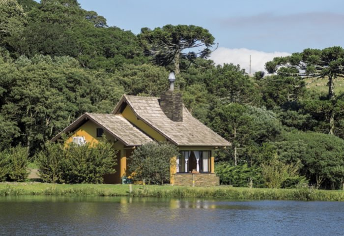 Em meio à Mata Atlântica, os hóspedes experimentam momentos únicos no Rio do Rastro Eco Resort - Revista InterArq | Arquitetura, decoração, design, interiores, paisagismo, lifestyle e festas