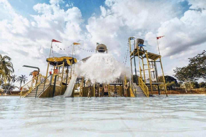 Para todas as idades, o parque e os resorts do grupo Hot Beach são uma ótima opção para quem busca se divertir - Revista InterArq | Arquitetura, decoração, design, interiores, paisagismo, lifestyle e festas